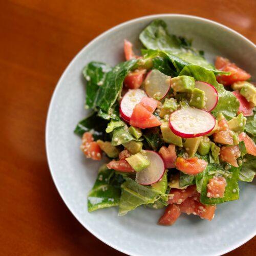 ヘンプシードドレッシングのお野菜もりもりサラダ